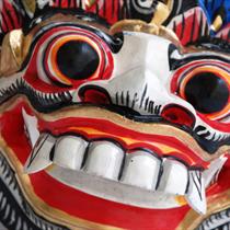 Maschera colorata