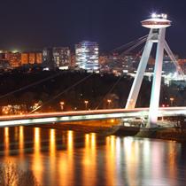 Ponte a Bratislava di notte
