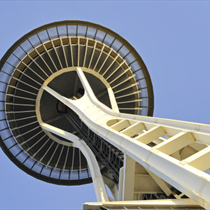 Space Needle dal basso