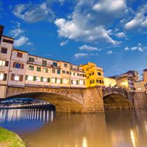 Veduta del ponte vecchio di Firenze