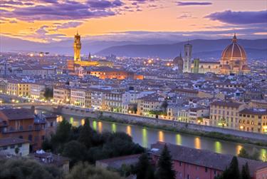 Sorgere del sole a Firenze