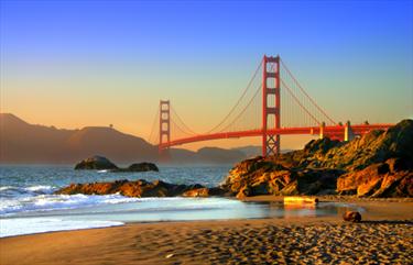 Vista dalla spiaggia del Golden Gate