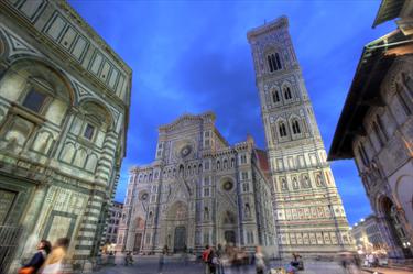 Duomo di Firenze di notte