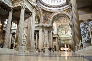 Interno Pantheon a Parigi