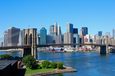 Skyline di New York e Brooklyn Bridge