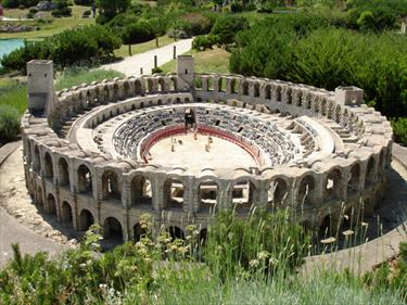 Riproduzione dell'arènes d'Arles
